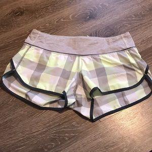 Lululemon Size 6 Built In Underwear Short